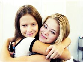 Ильяшова Эвелина (справа)